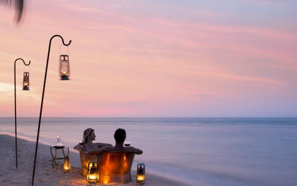 Valentine's Beach and Safari Offer