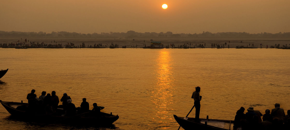 Cruise the Ganges in colonial style